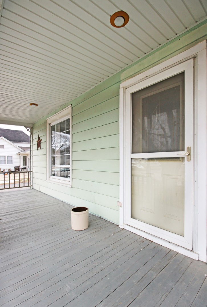 202 West Avon, Forreston, Illinois, 61030