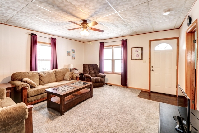 203 East Byron, Sidney, Illinois, 61877