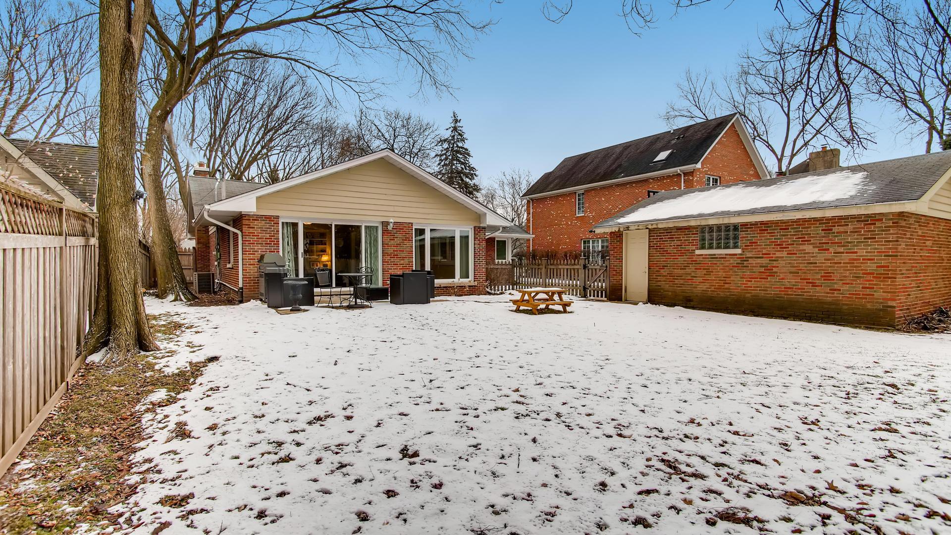 736 North OAK, Hinsdale, Illinois, 60521