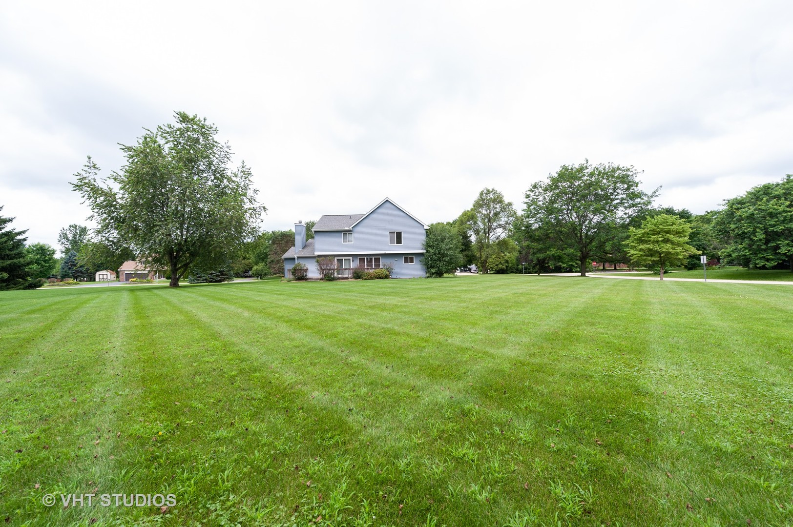 1932 West Hunters, Spring Grove, Illinois, 60081