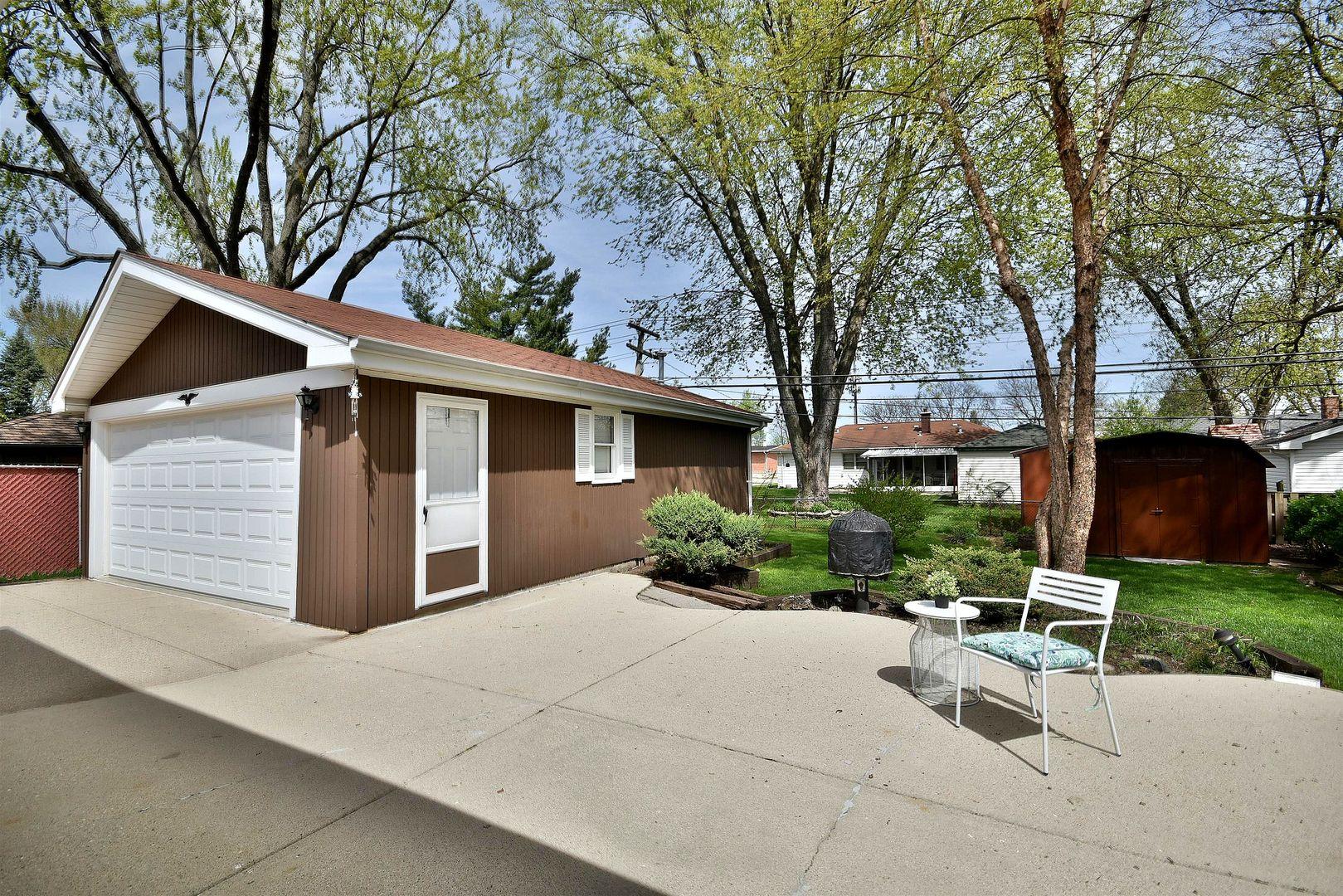 701 North Wille, Mount Prospect, Illinois, 60056