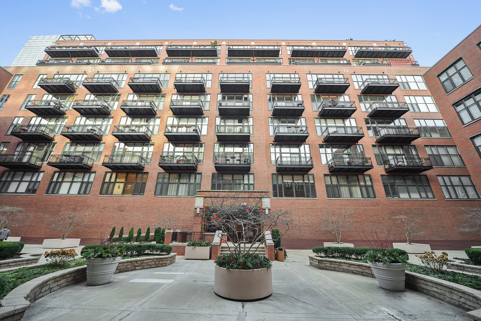 Property for sale at 333 West Hubbard Street Unit: 211, Chicago-Near North Side,  IL 60654