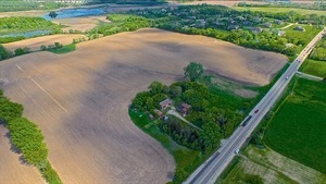 42411 N Deep Lake Road, Antioch, IL 60002