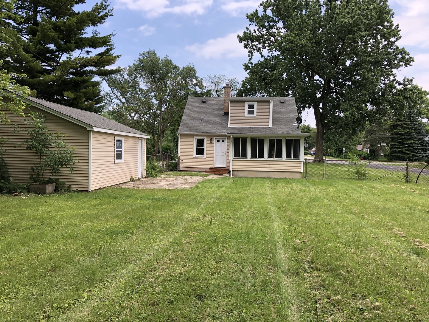 494 North CENTRAL, Wood Dale, Illinois, 60191