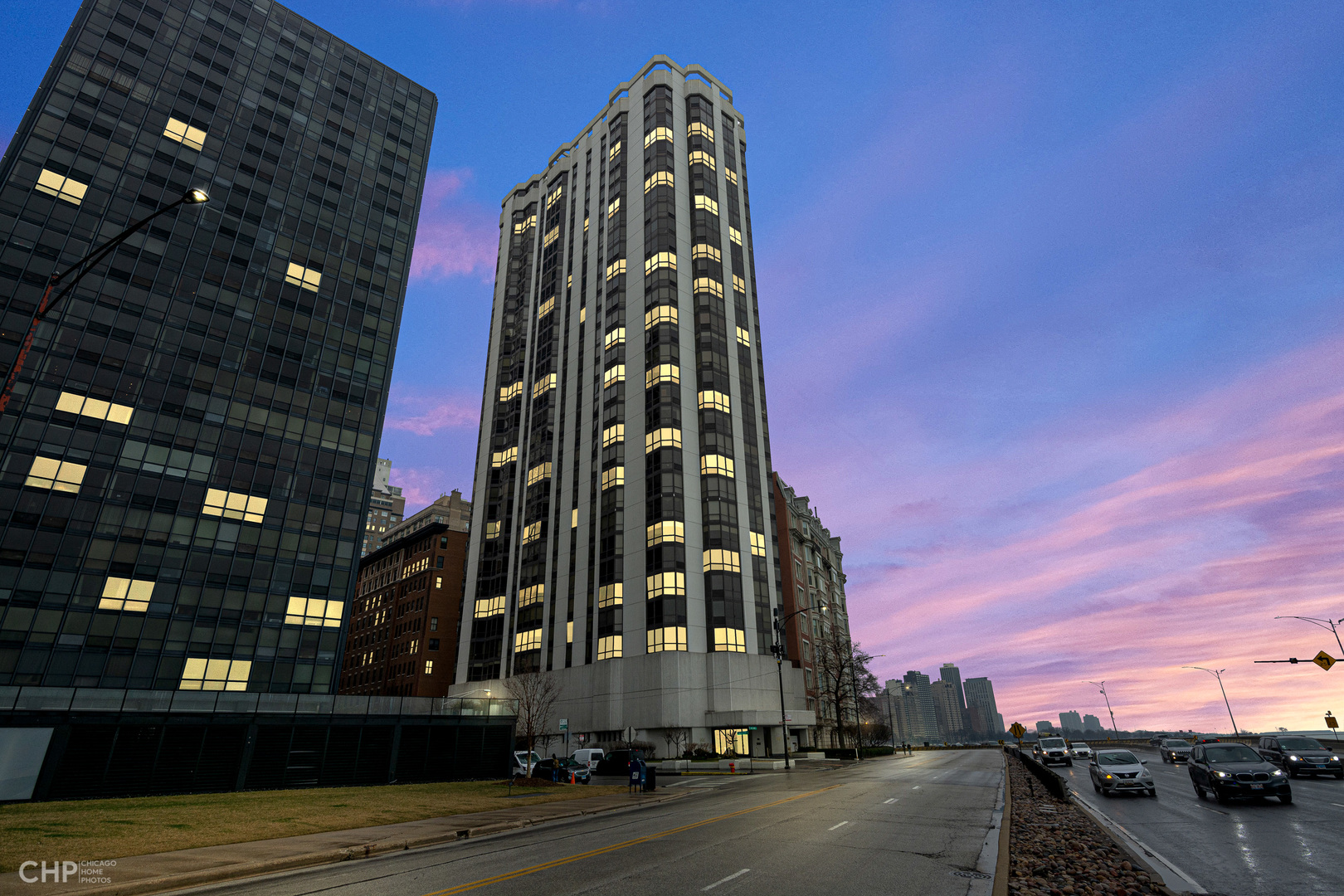 990 N Lake Shore Exterior Photo