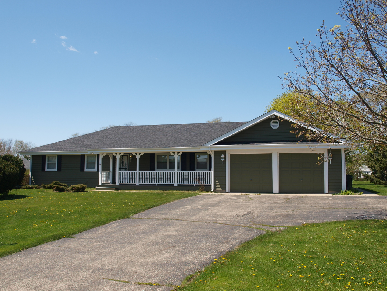 9209 Anthony Lane, Spring Grove, Illinois 60081