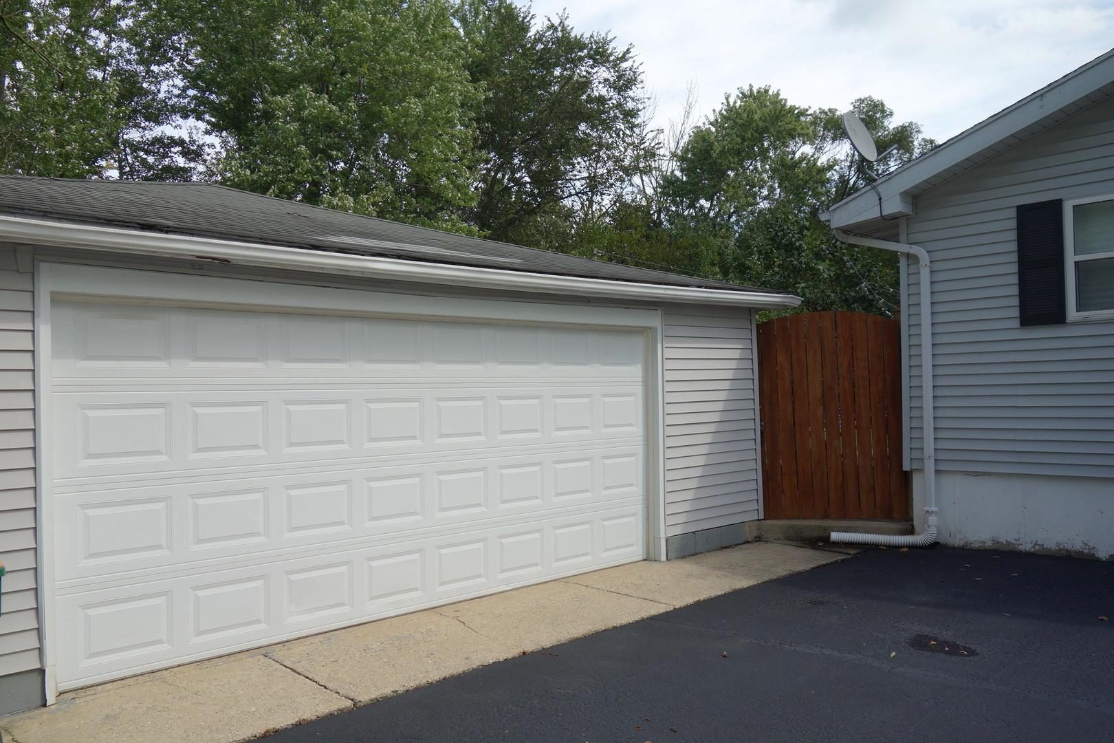 23132 West Marylou, Channahon, Illinois, 60410