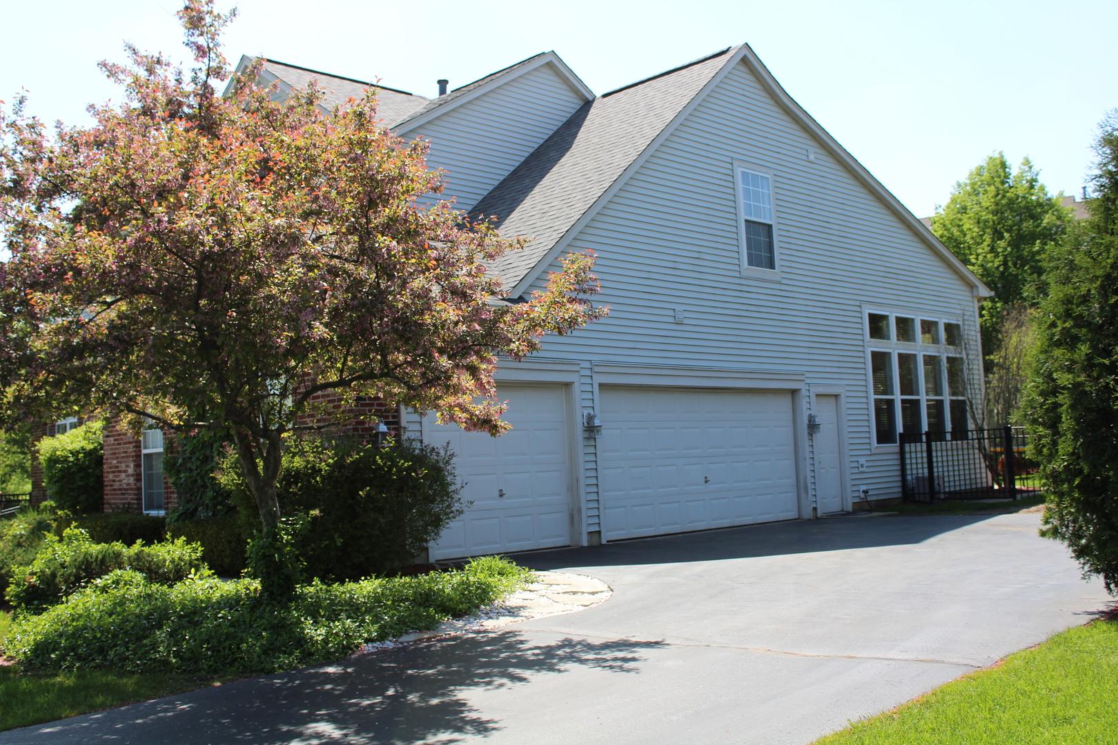 530 Brookside, Algonquin, Illinois, 60102