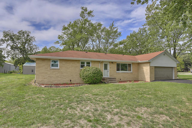 2801 CR 600 E, Fisher, Illinois, 61843