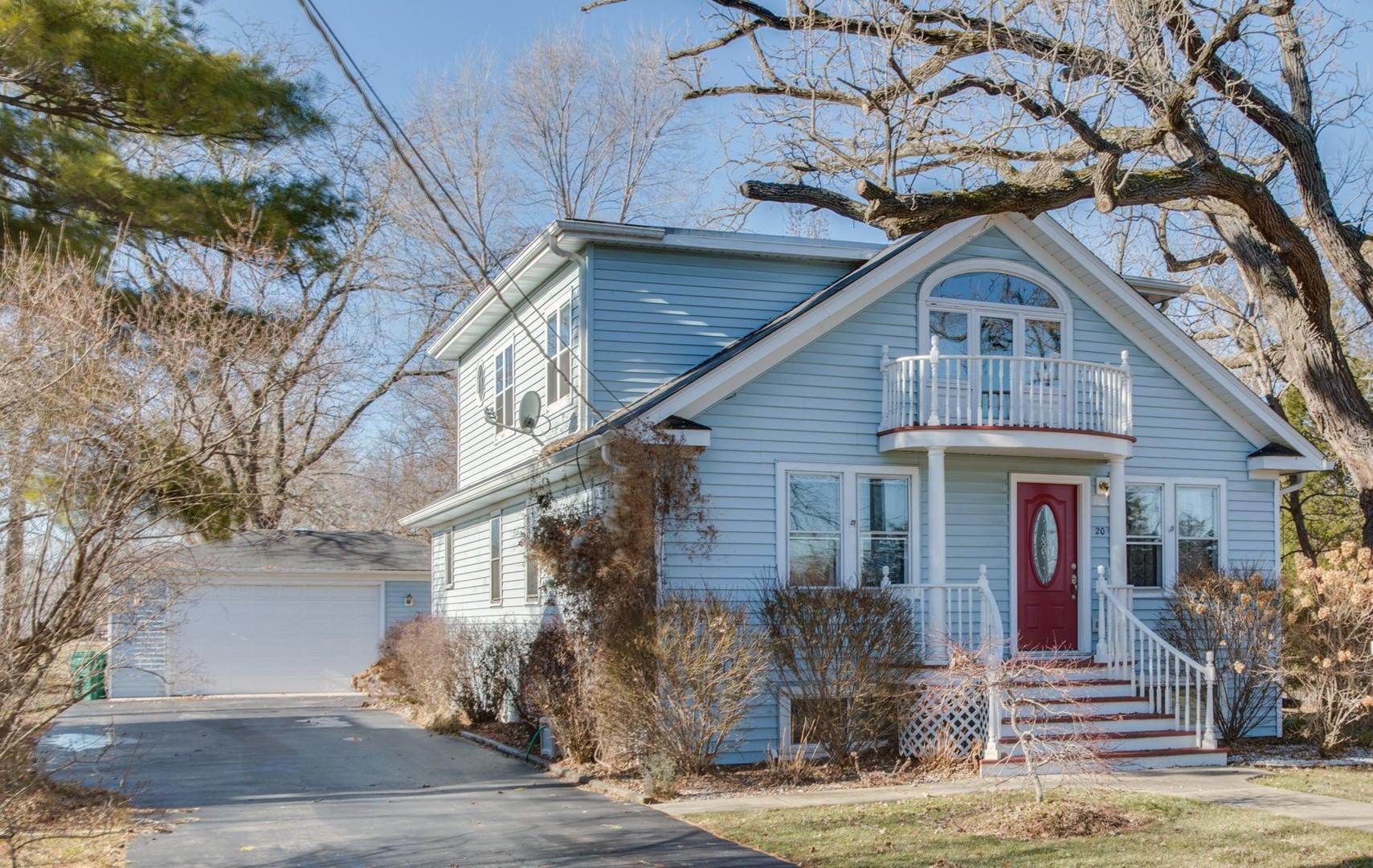 20 Oak Lane Drive, Lake Villa, Illinois 60046