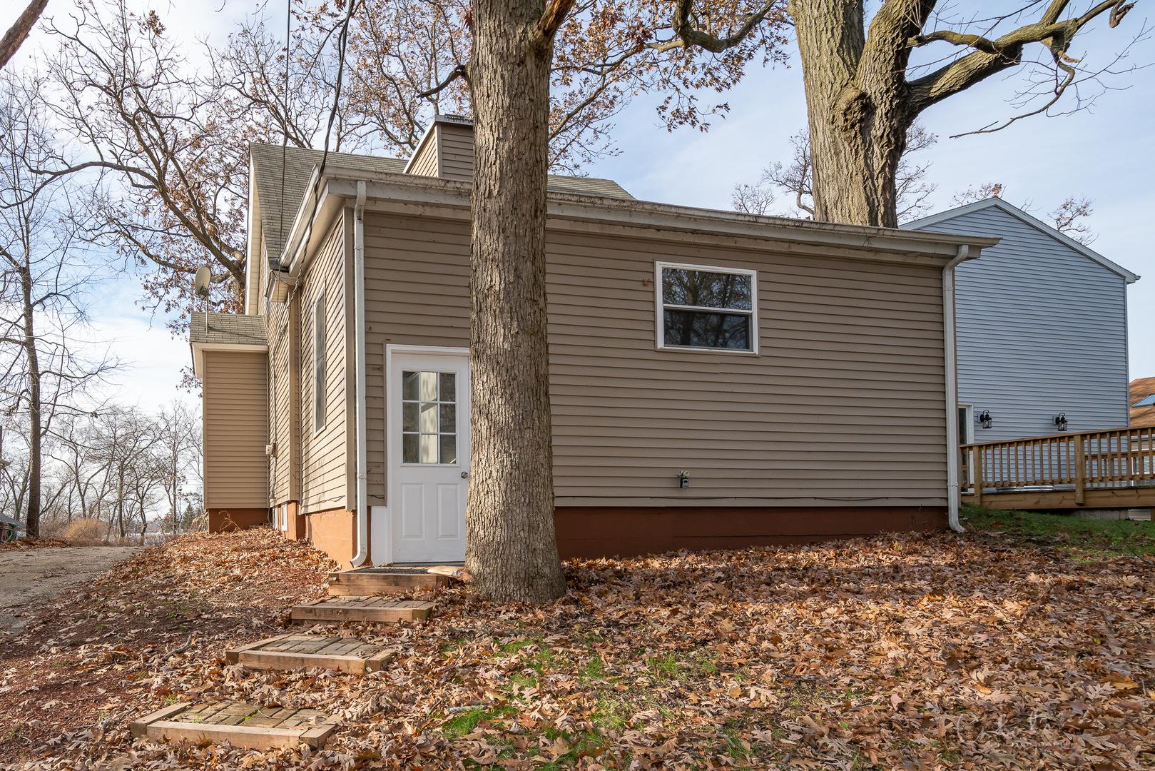 39 Marvin, Fox Lake, Illinois, 60020