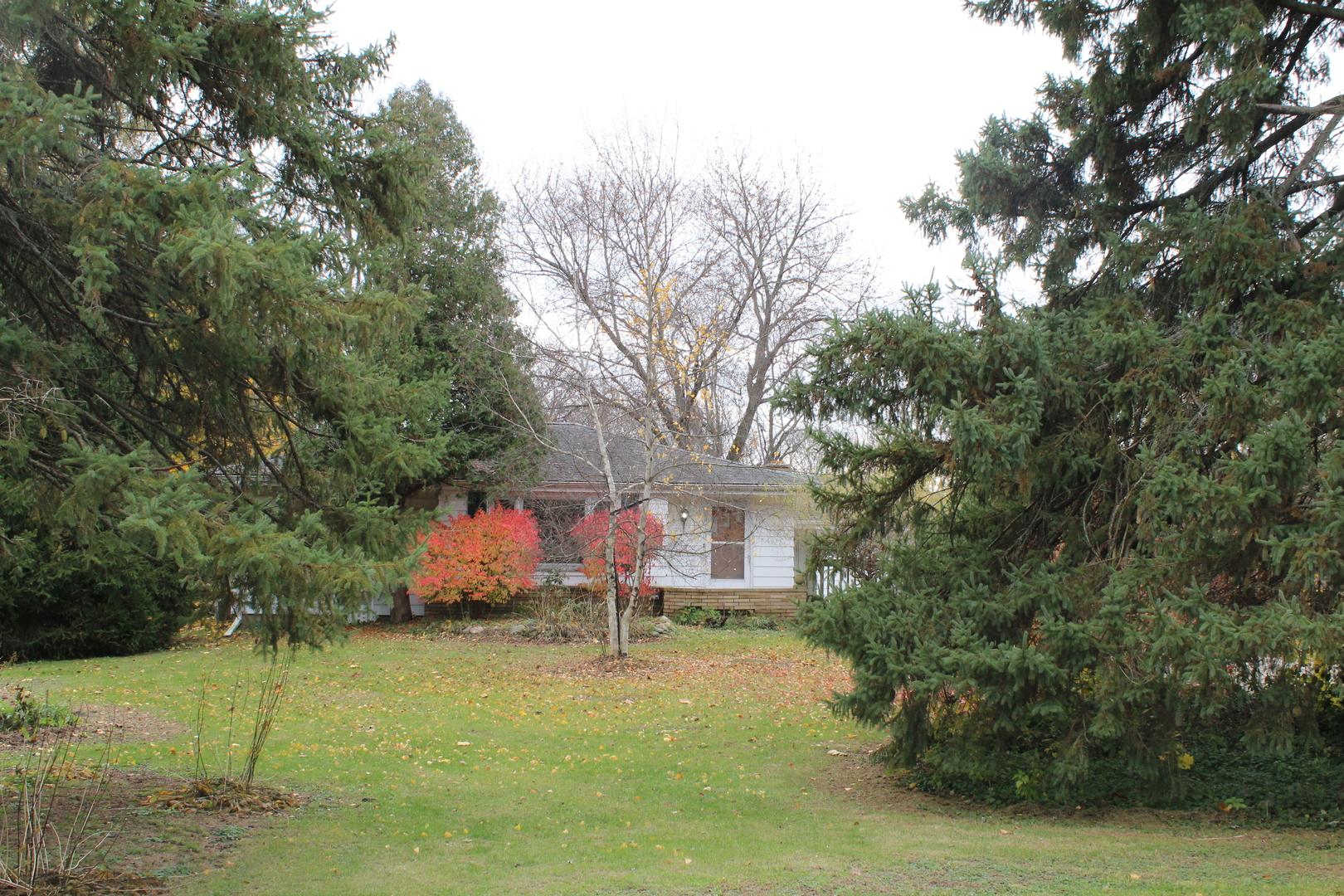 234 Brookhill Road, Libertyville, Illinois 60048