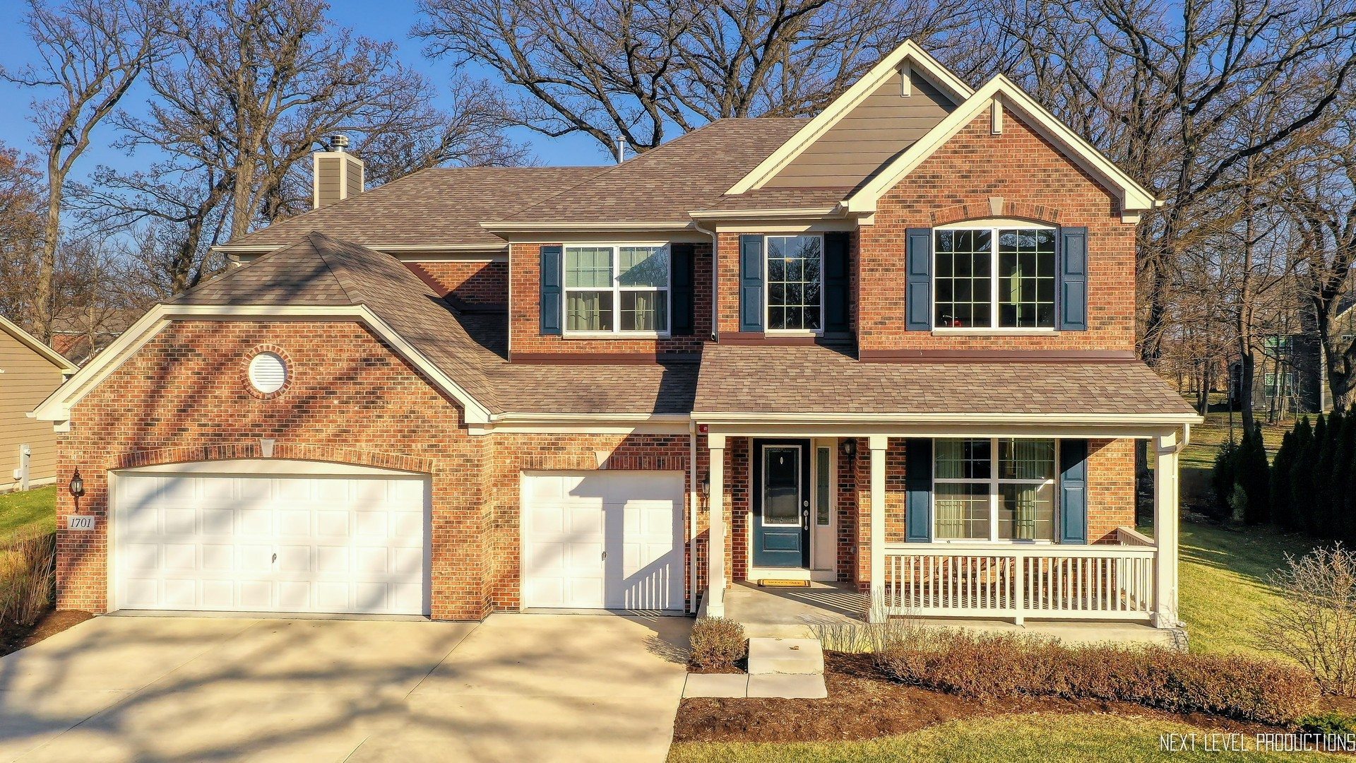 1701 Pondview, Hoffman Estates, Illinois, 60192