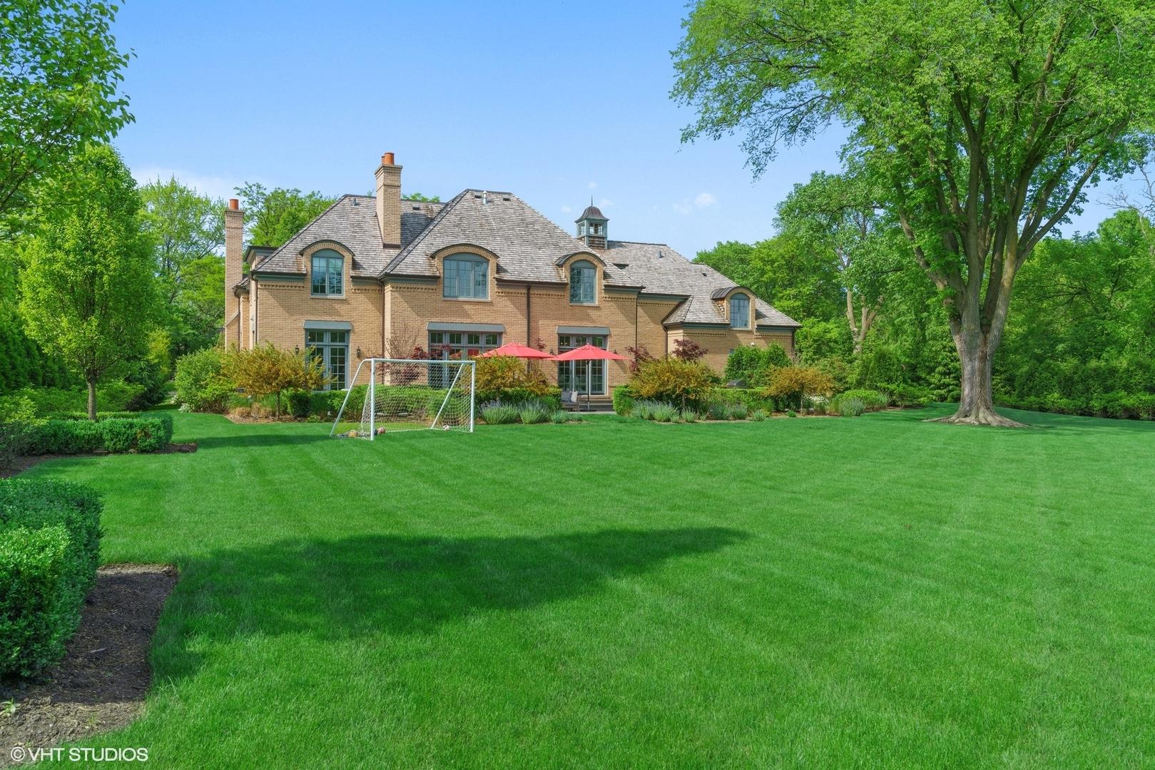 345 West Onwentsia, Lake Forest, Illinois, 60045