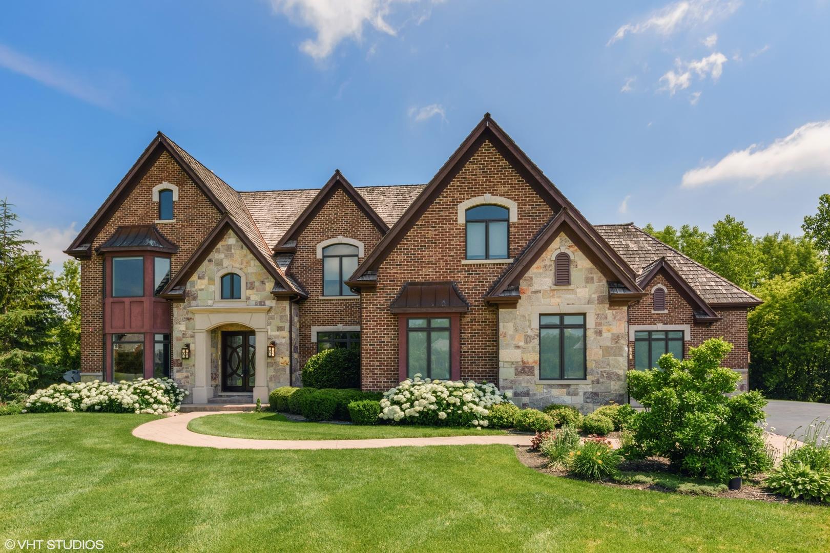 23715 North Matthew Court, Long Grove, Illinois 60047