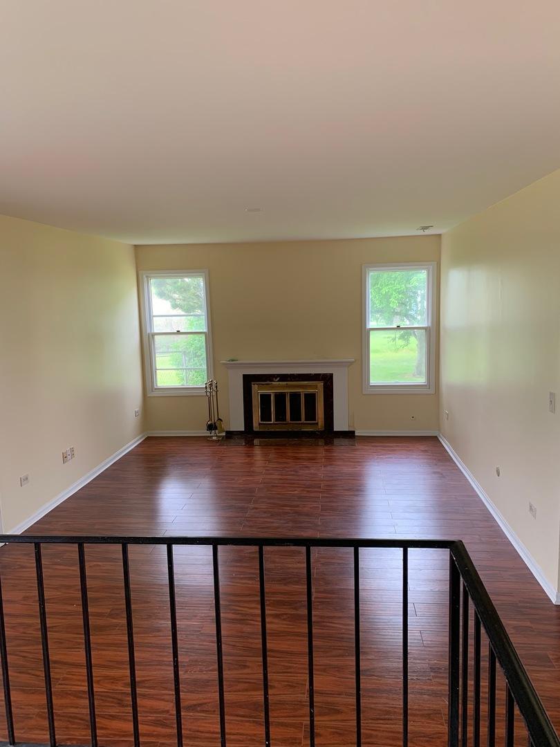 1028 John, Hoffman Estates, Illinois, 60169