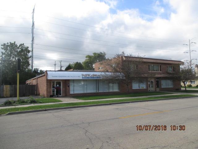 917 W Greenwood Avenue, Waukegan, IL 60087