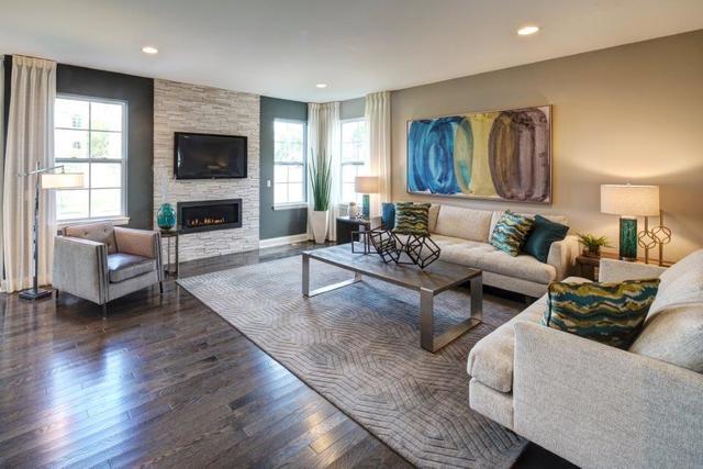 36 South Kennicott, Arlington Heights, Illinois, 60005