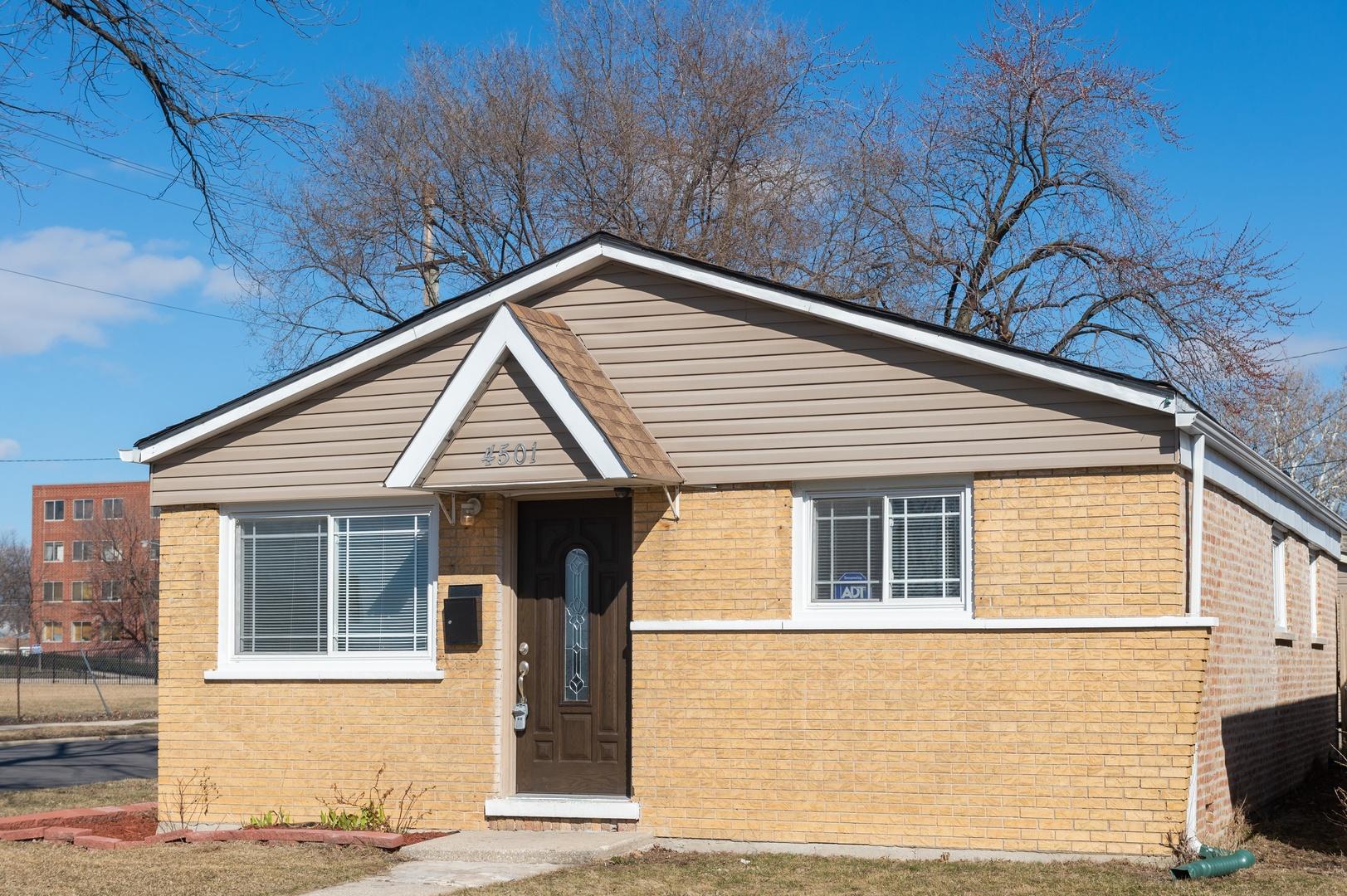 4501 S La Crosse Exterior Photo