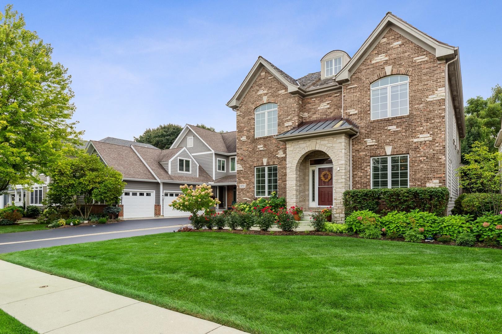 673 East Sunnyside Avenue, Libertyville, Illinois 60048