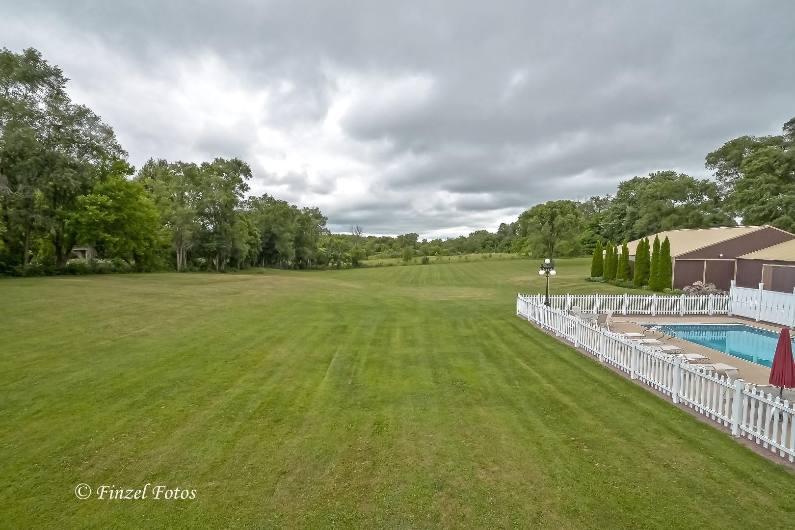 8101 White Oaks, Wonder Lake, Illinois, 60097