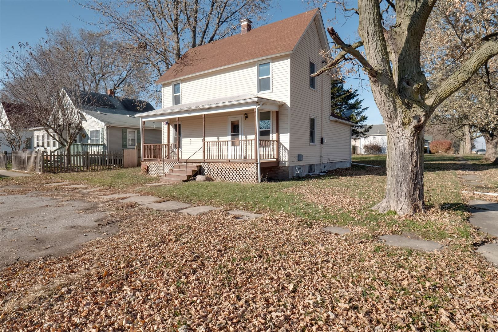 401 West Carter, Stanford, Illinois, 61774