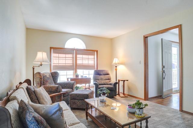 609 Linden, St. Joseph, Illinois, 61873