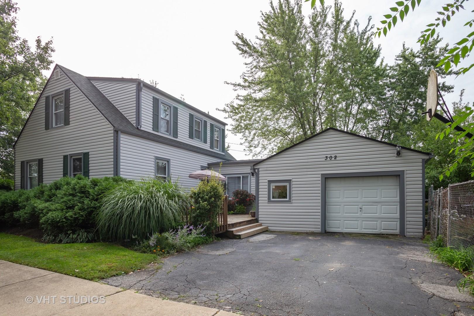 302 Barron, Bensenville, Illinois, 60106
