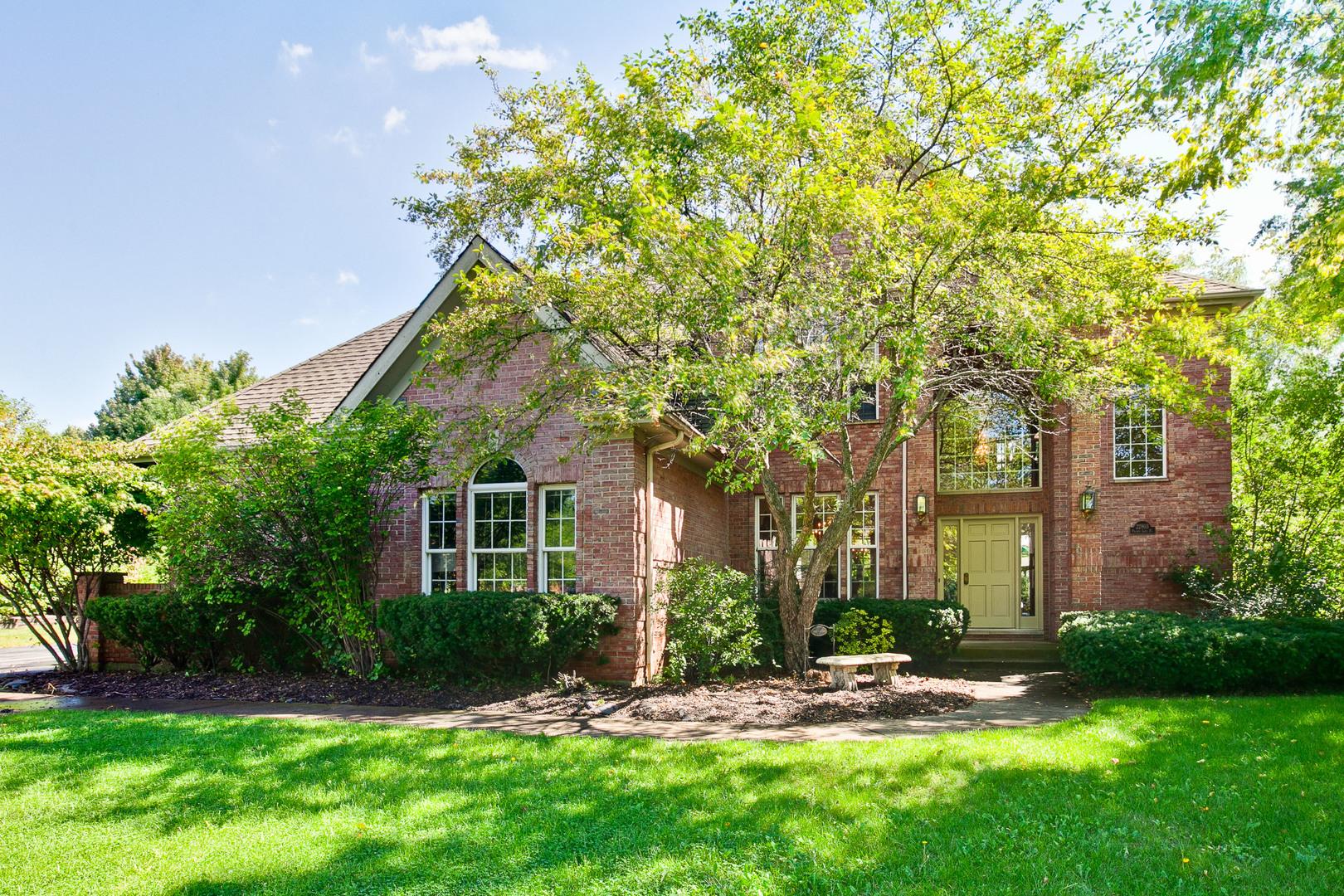 22803 North Prairie Lake Place, Kildeer, Illinois 60047