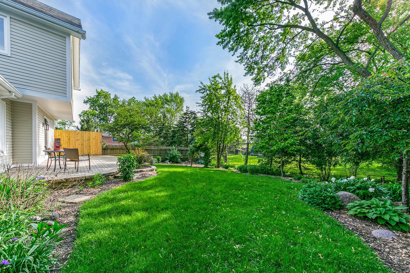36 Dorset, Glen Ellyn, Illinois, 60137