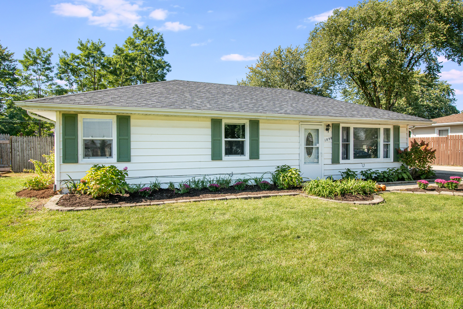1099 Spring Green, Joliet, Illinois, 60433