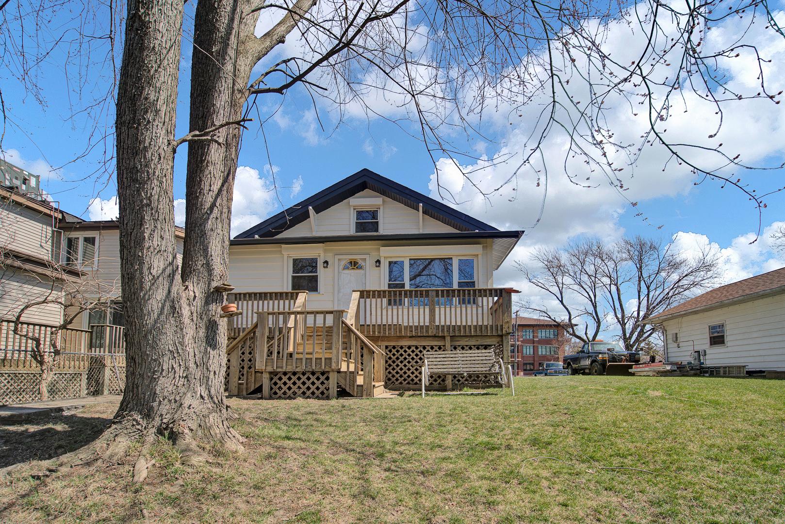 752 Diamond Lake Road, Mundelein, Il 60060