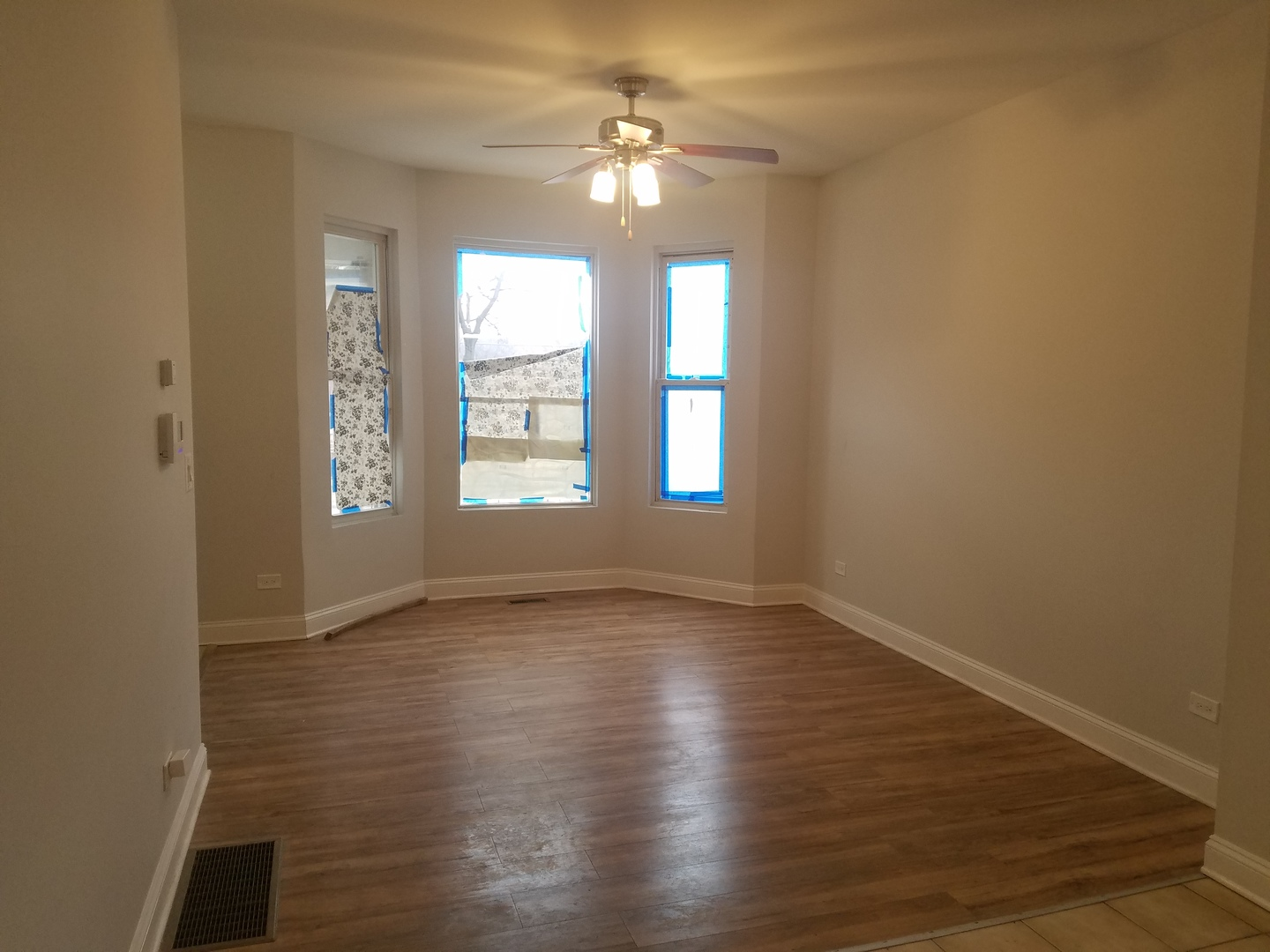 5601 South May, Chicago, Illinois, 60621