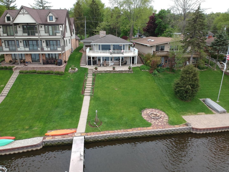 39220 North Cedar Crest Drive, Lake Villa, Illinois 60046