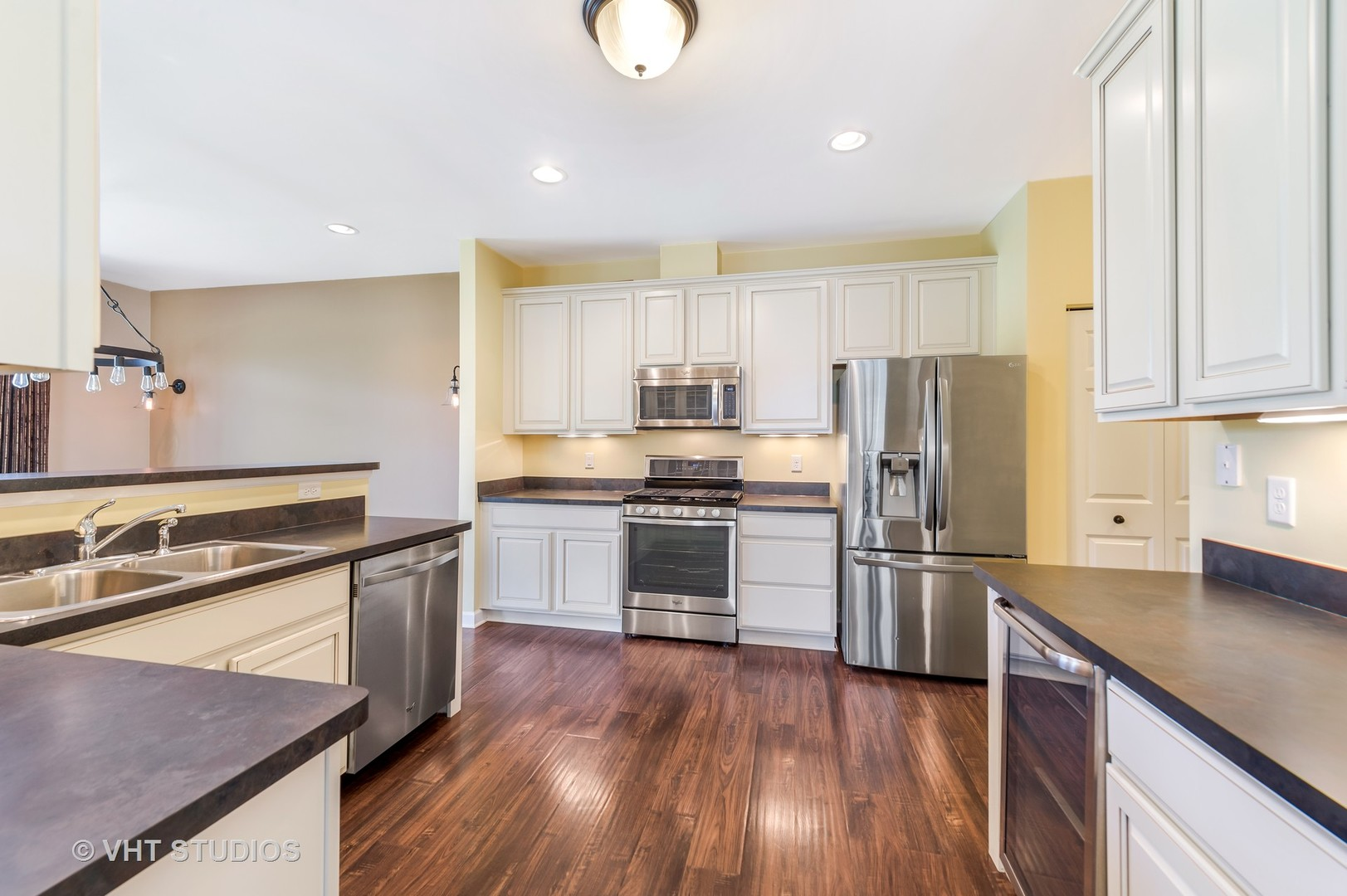 6N338 Whitmore A, ST. CHARLES, Illinois, 60174
