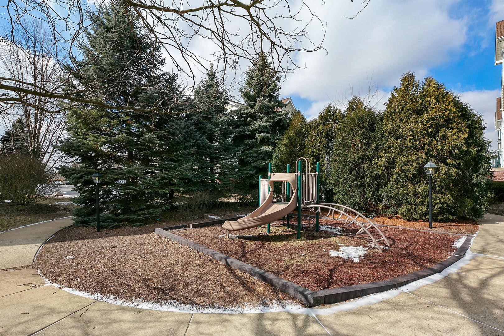 2413 Courtyard 2, AURORA, Illinois, 60506