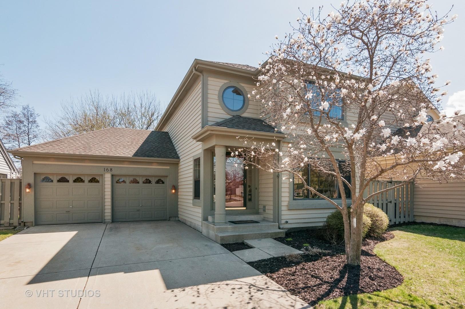 3 Bedroom Homes For Sale In Bloomingdale Illinois