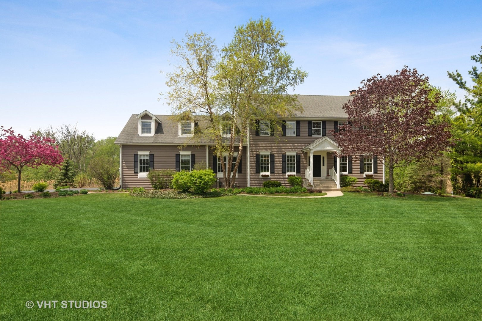 11 High Point Drive, Hawthorn Woods, Il 60047
