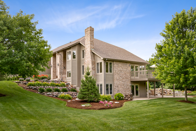 38W690 Bonnie, ST. CHARLES, Illinois, 60175