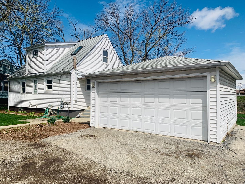 116 PARKWAY, WILLOWBROOK, Illinois, 60527