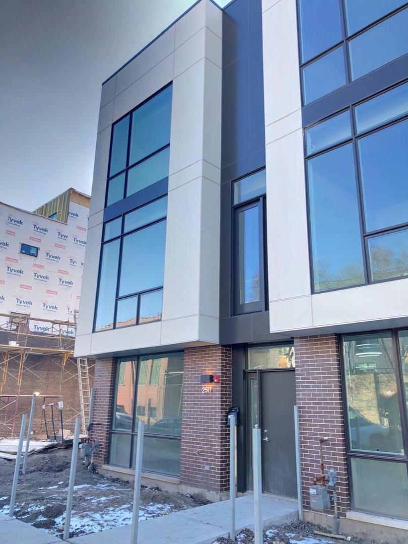 4 Apartment in Logan Square