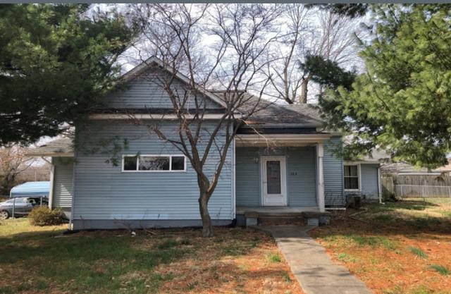 206 South Van Buren, Marion, Illinois, 62959