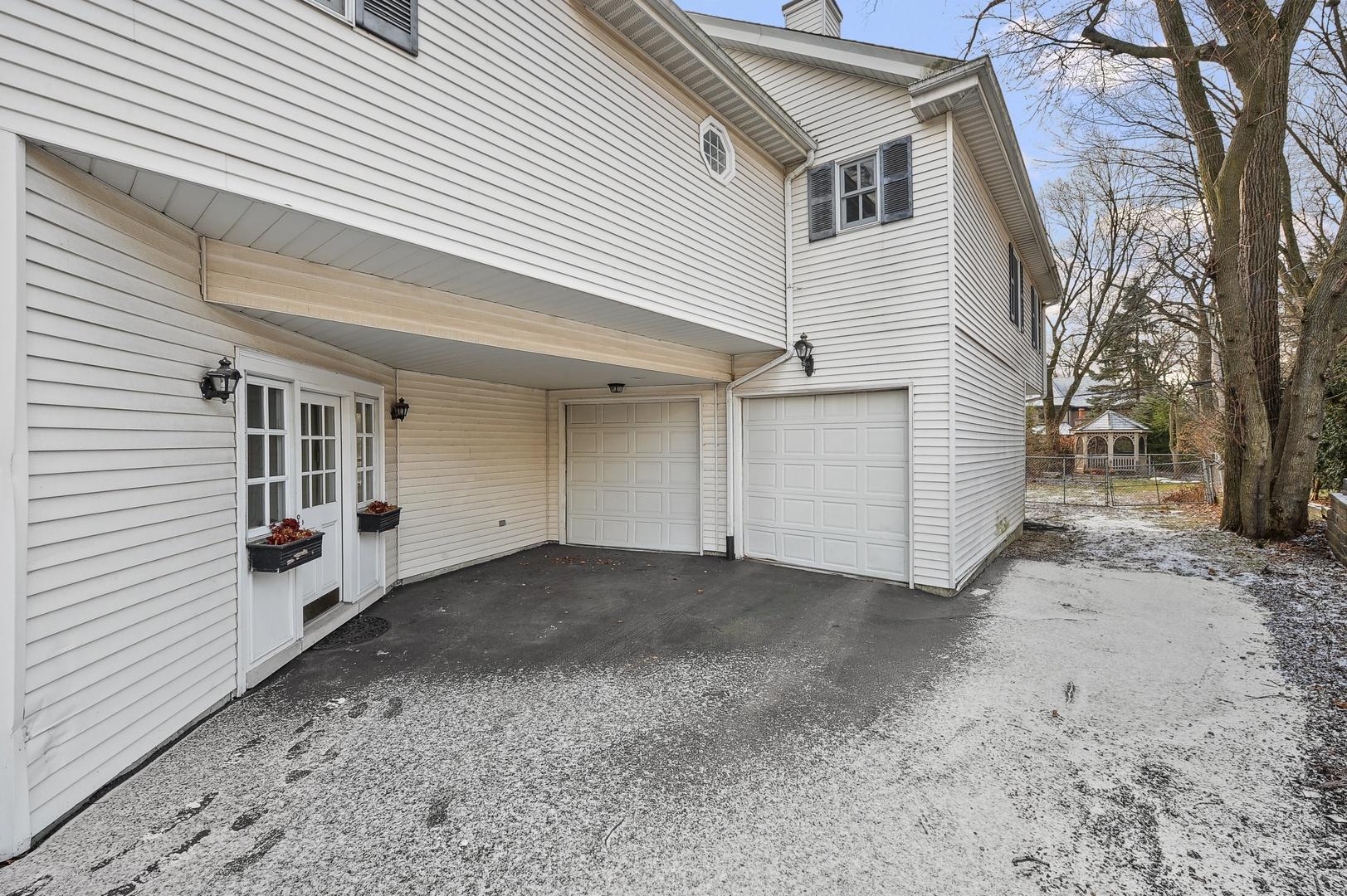 626 Woodland, Hinsdale, Illinois, 60521