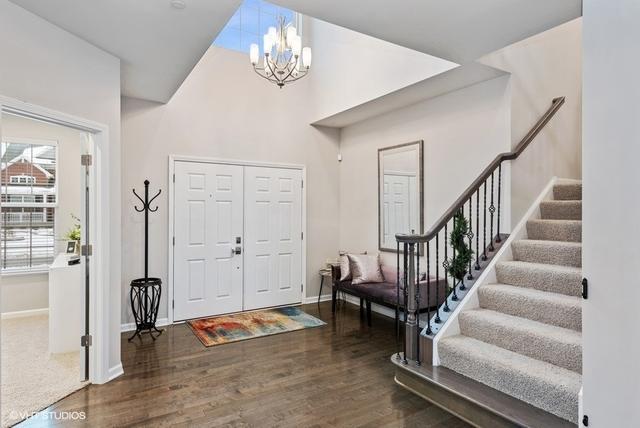 1612 Burr Oak, Hoffman Estates, Illinois, 60192