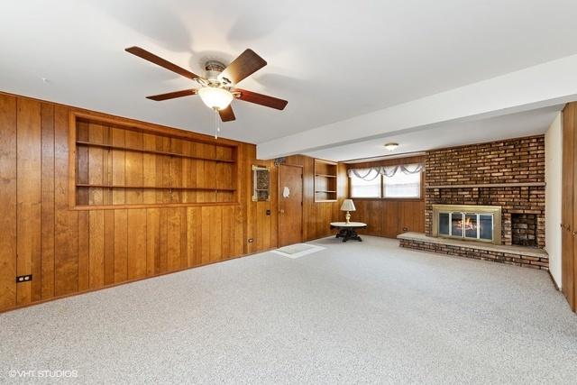 909 DUNDEE, BARRINGTON, Illinois, 60010