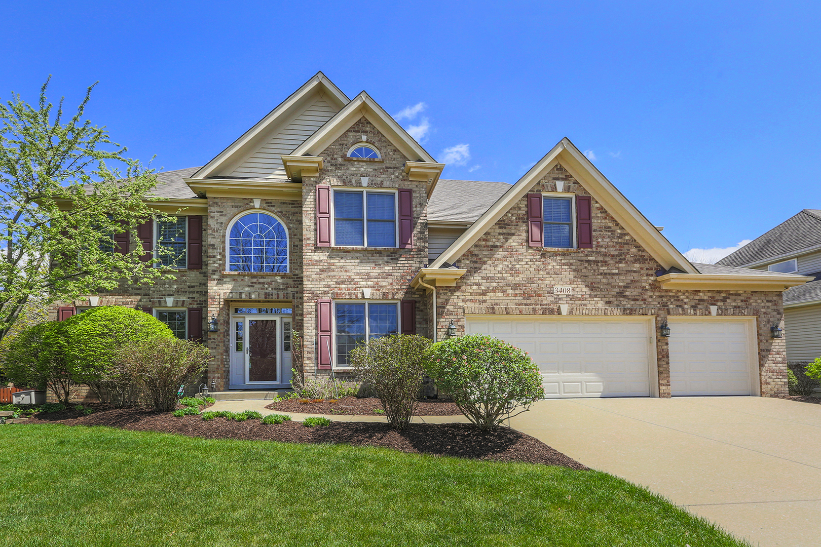 3408-Goldfinch-Drive---NAPERVILLE-Illinois-60564