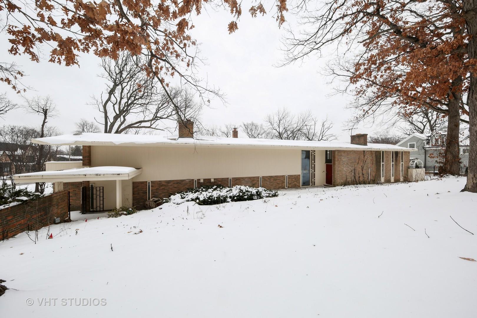 710 WILSON, Hinsdale, Illinois, 60521