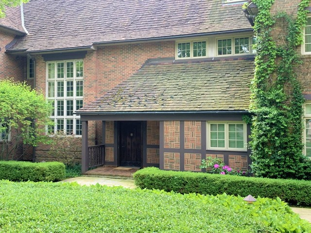 331 North Mayflower, Lake Forest, Illinois, 60045
