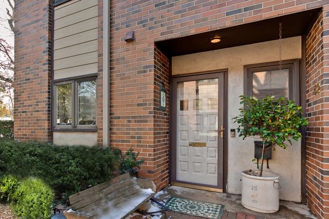 52 East Center Avenue, Unit 52, Lake Bluff, Illinois 60044