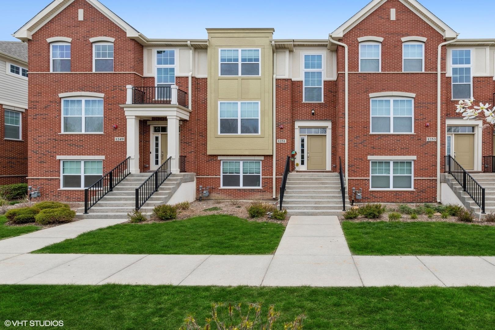 1251 Danforth Court, Vernon Hills, Il 60061
